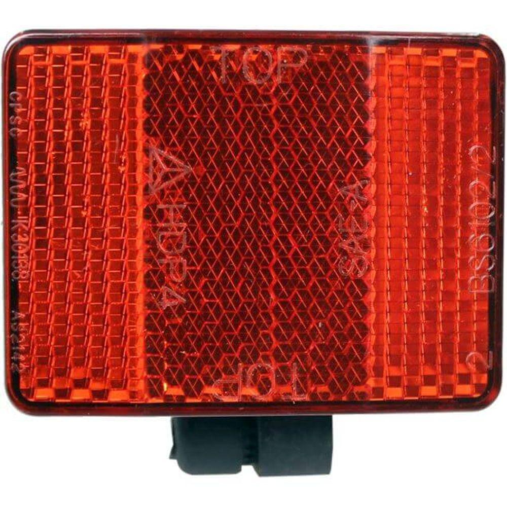Alpinachter reflector op spatbord achter rood