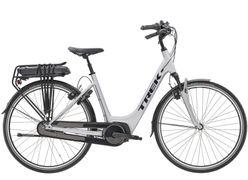 Trek District+ 4 Lowstep, Incl. 300Wh, Matte Quick Silver
