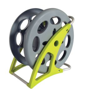 Interline swimming pool vacuum hose reel