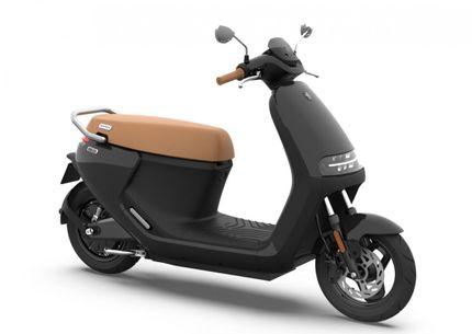 Segway E125S E-scooter 25km, Phantom Black (glans zwart)