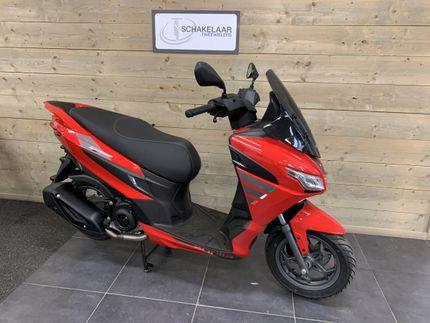 Aprilia SXR 50 Sport, Red