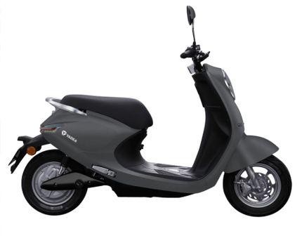 Yadea C-umi E-scooter 25km, Matt Grey