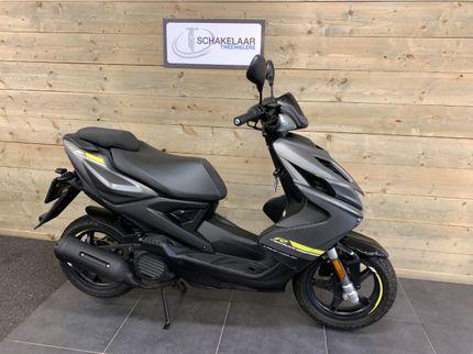 Yamaha Aerox 50 Euro4 45km 2018 Occasion, Grijs-Mat