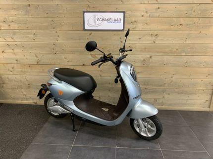 Yadea C-umi E-scooter 25km 2021 Demo, Lichtblauw