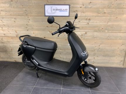 segway E110SE Launch Edition E-scooter 45km 2021 Demo, Matt Black